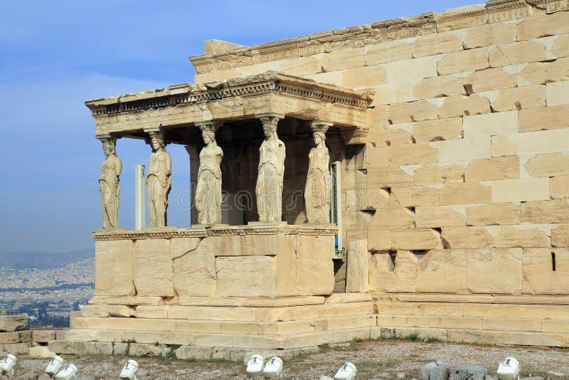 Figure del portico della cariatide del Erechtheion sull'acropoli a Atene immagini stock