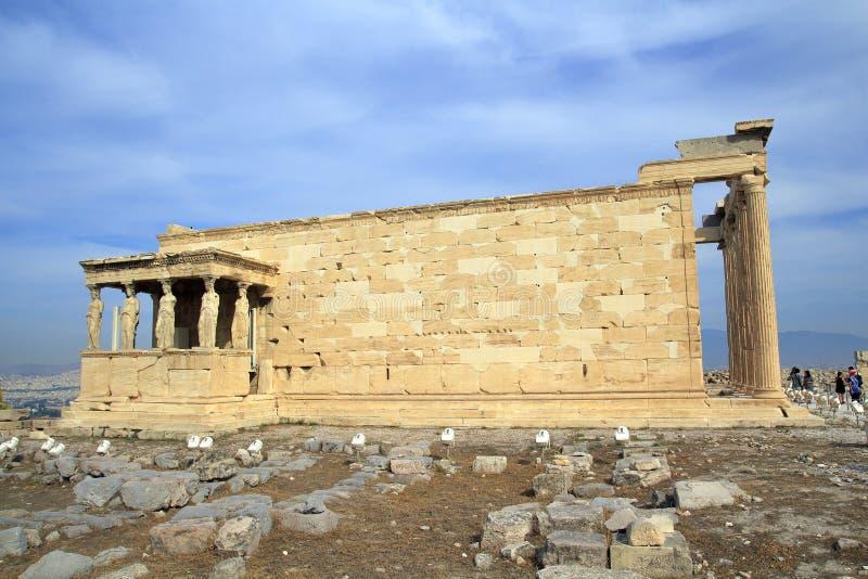 Figure del portico della cariatide del Erechtheion sull'acropoli a Atene immagine stock libera da diritti