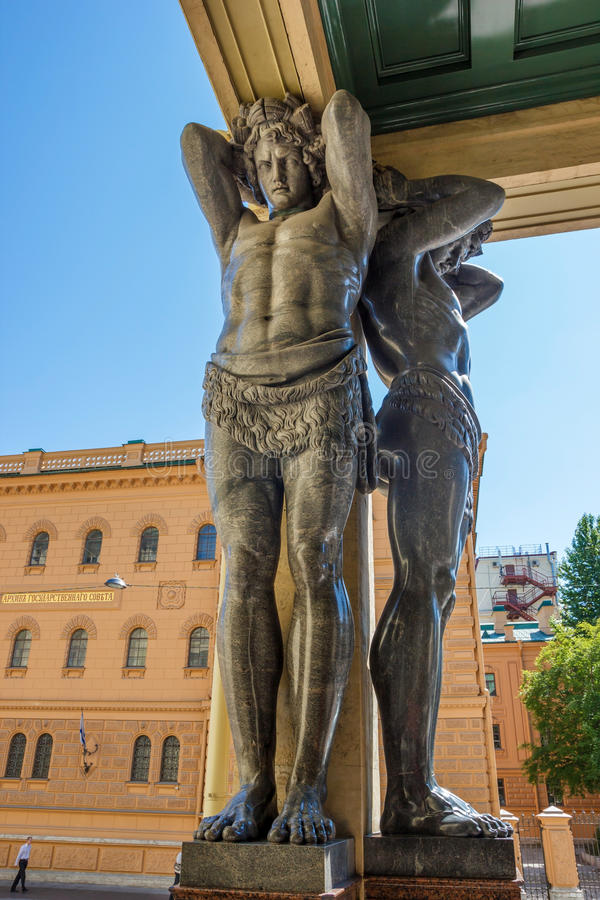 Figure di Atlantes del granito immagine stock libera da diritti