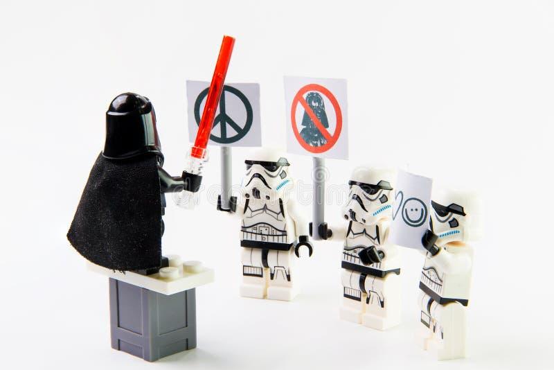 Figure di Stomtrooper di film di Star Wars di lego le mini fotografia stock libera da diritti