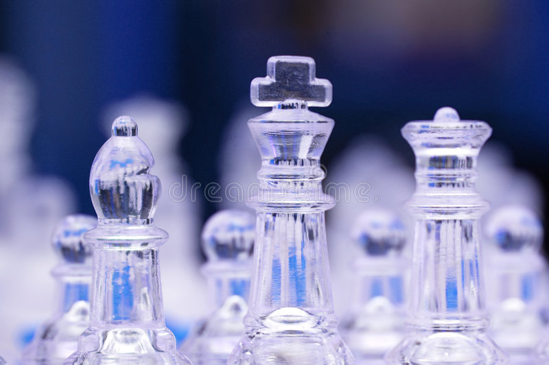 Figure di vetro di scacchi immagini stock