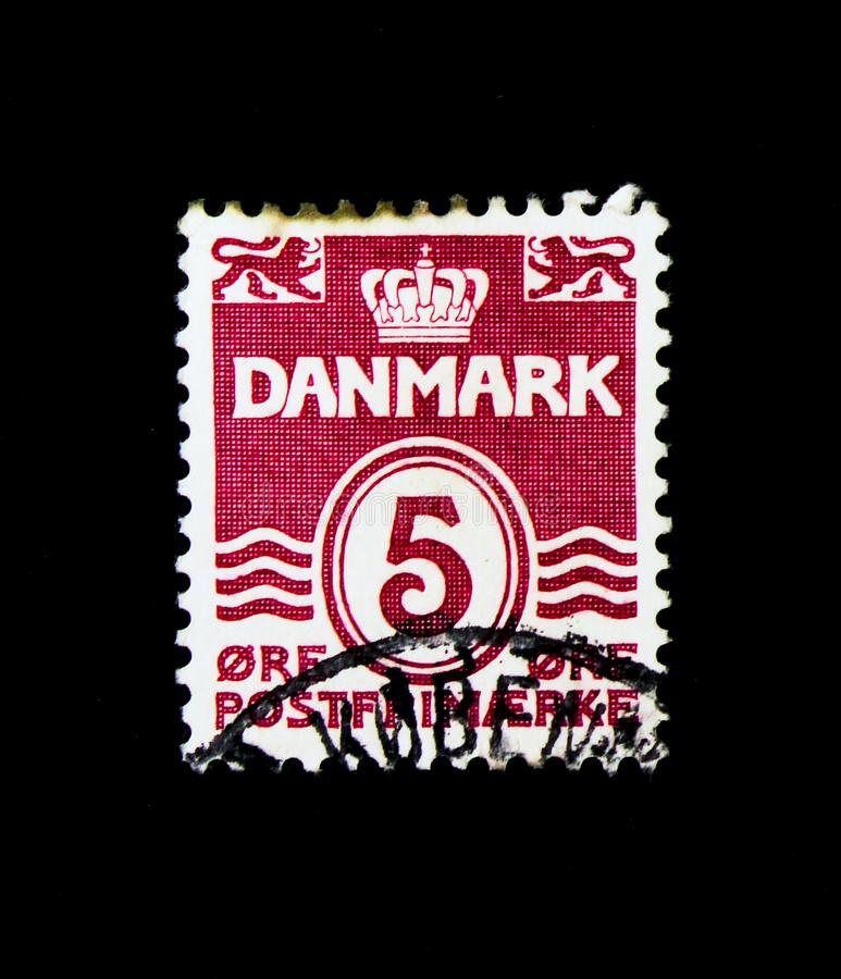 Figure 'wave'- type, Wavy Lines (NO Hearts / LINED Background) s. MOSCOW, RUSSIA - NOVEMBER 25, 2017: A stamp printed in Denmark shows Figure stock photo