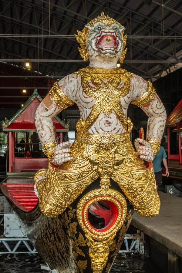 Figurehead of Krabi Prab Mueang Man Royal Barge, Bangkok Thailand stock foto