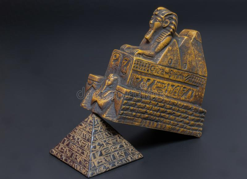 figurine de sphinx photos stock