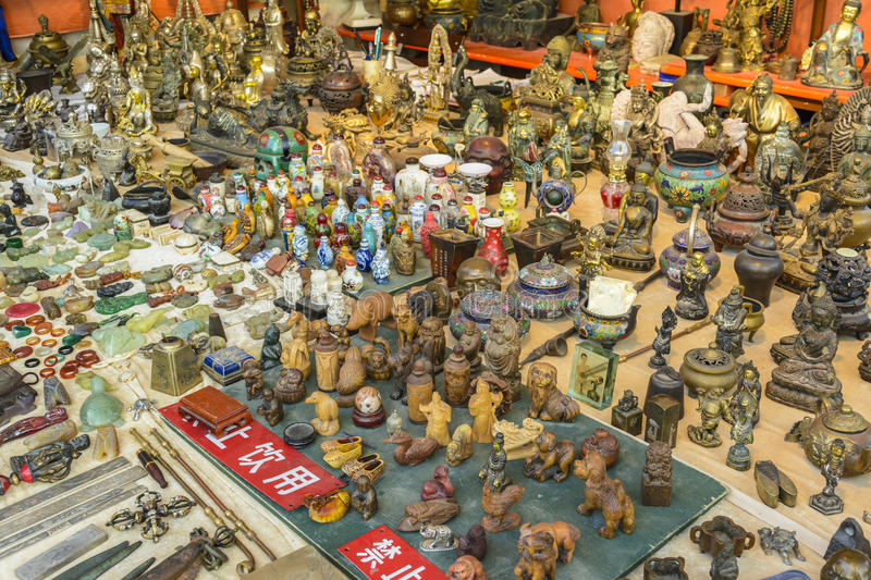 Figurines antiques miniatures chinoises photographie stock libre de droits