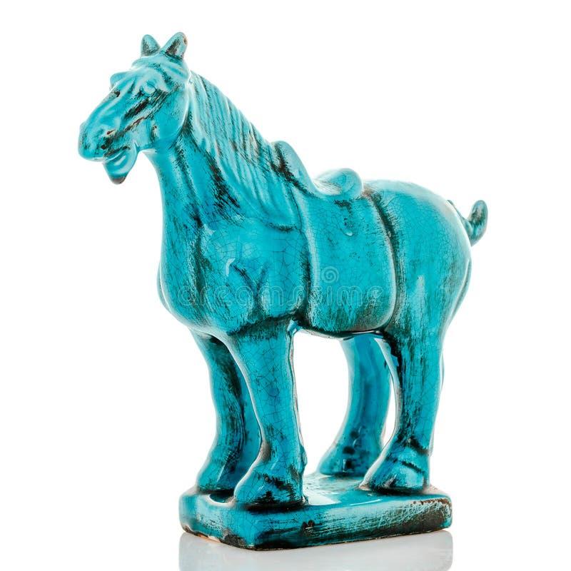 Figurines décoratives, statuette un cheval, accessoires pour l'intérieur photos stock