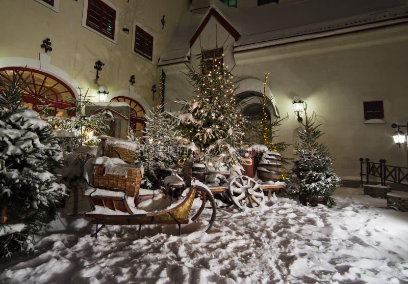 Fijado por los trineos de la nieve. fotografía de archivo libre de regalías