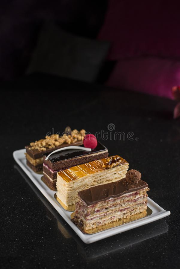 Fije de diversos pasteles textura cremosa curruscante y cremosa foto de archivo libre de regalías