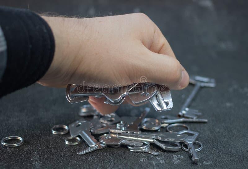 Fije de las llaves del vintage pintadas en plata foto de archivo libre de regalías
