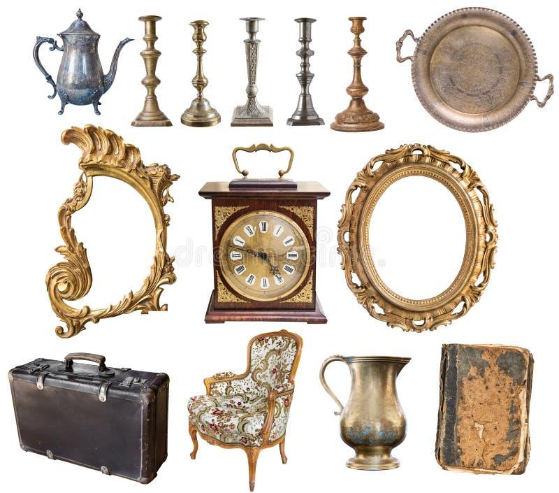 Fije de los art?culos antiguos hermosos, marcos, muebles, cubiertos retro vendimia Aislado en el fondo blanco fotografía de archivo
