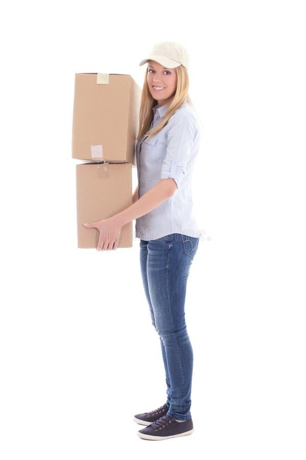 Fije a la mujer de la entrega con las cajas del carboard aisladas en blanco fotos de archivo libres de regalías