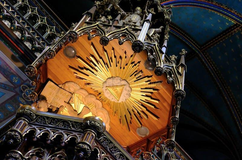 Fijn beeld van een kathedraalpreekstoel die het detail van de bouw tonen royalty-vrije stock foto