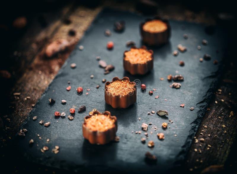 Fijne chocoladepralines royalty-vrije stock fotografie