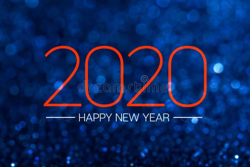 Fijne nieuwjaarsdag 2020 met donkere blauw glitter bokeh light sparkling background, feestdag feestelijke feestelijke groet kaart stock afbeelding
