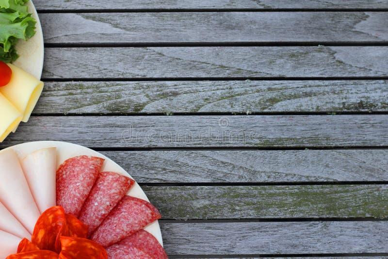 Fijne vleeswarenworst op plaat royalty-vrije stock fotografie