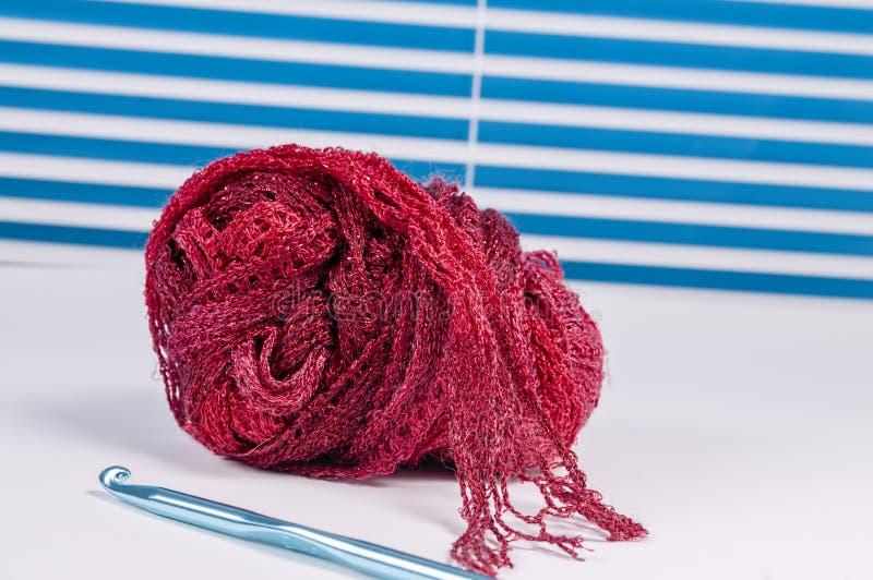 Fil de crochet, aiguille, crochet photos libres de droits