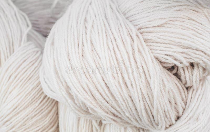 Fil, matières premières pour le coton photographie stock