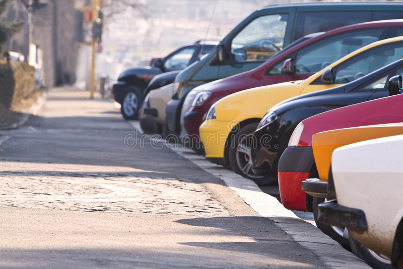 Fila de coches fotos de archivo