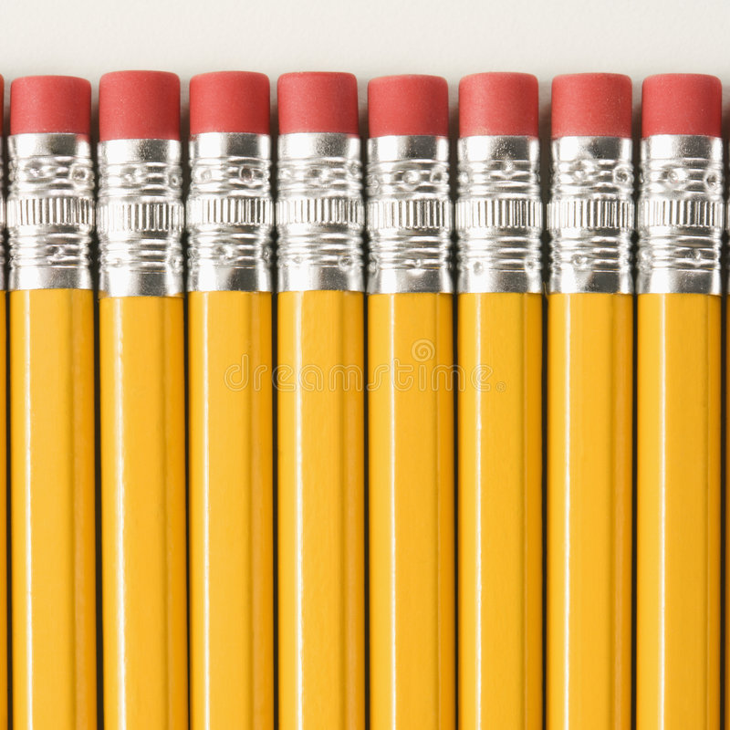 Fila de lápices. foto de archivo