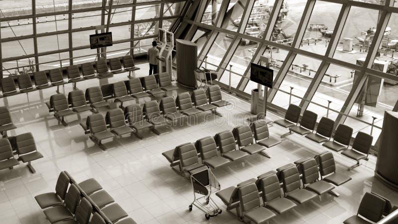 Fila de la silla en el aeropuerto imagenes de archivo