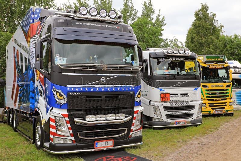 Fila de los camiones finlandeses de la demostración fotografía de archivo