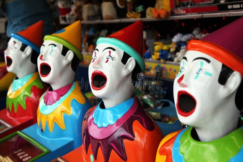 Fila de los payasos del carnaval fotos de archivo libres de regalías