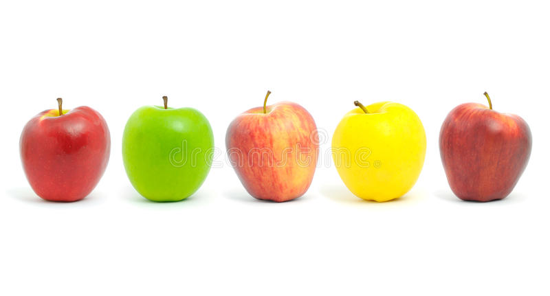 Fila de manzanas. fotografía de archivo