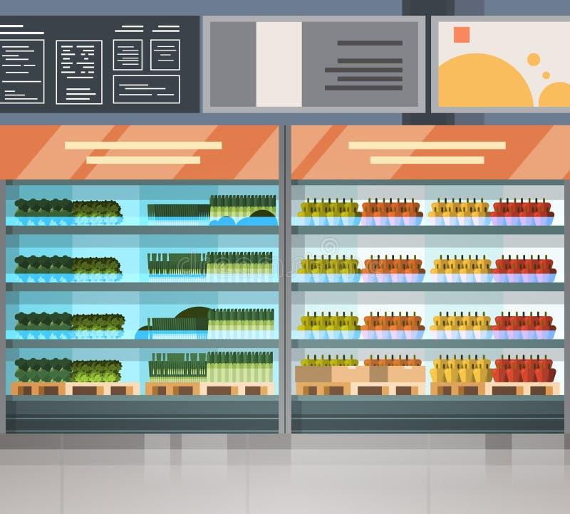 Fila della drogheria con i prodotti freschi sull'interno moderno del supermercato degli scaffali royalty illustrazione gratis