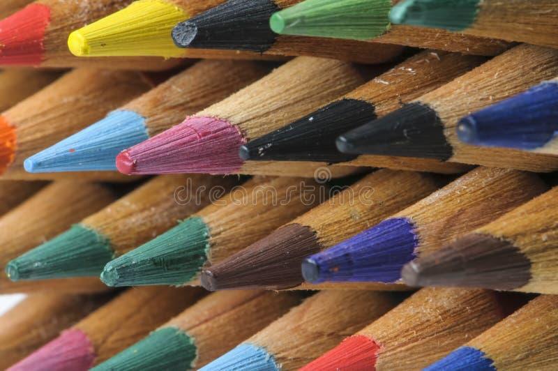 Download Fila delle matite fotografia stock. Immagine di apparecchiatura - 30826184