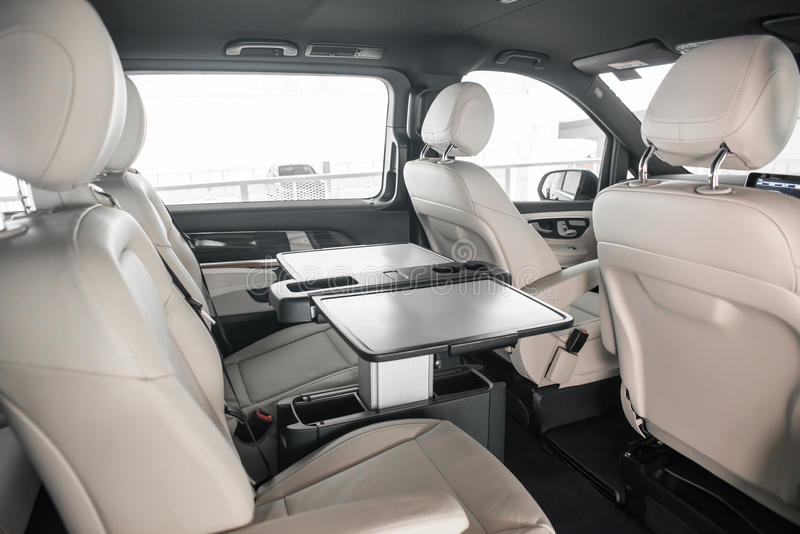 Fila posteriore dei sedili per un MPV tedesco fotografia stock libera da diritti