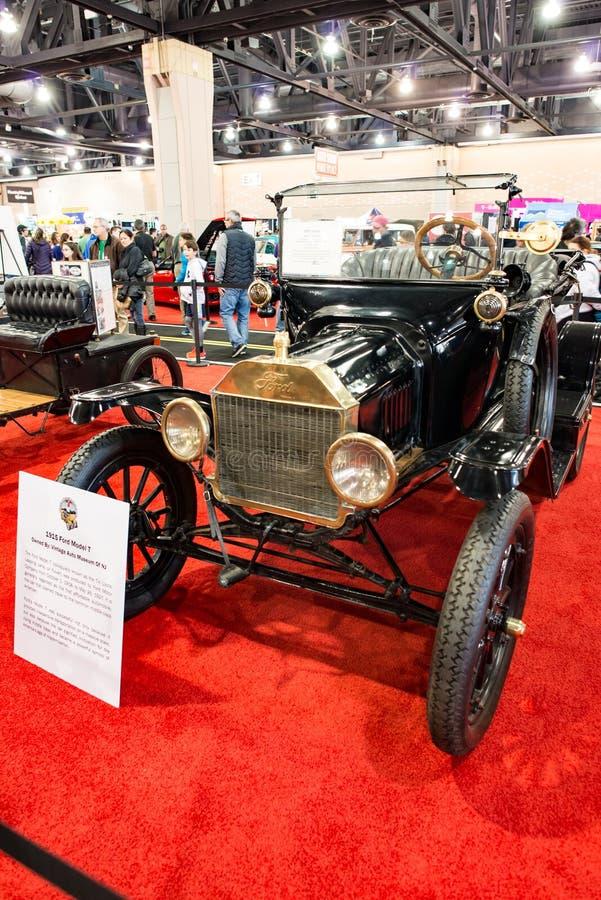 FILADELFIA, PA - Feb 3: 1915 Ford model T przy 2018 Filadelfia Auto przedstawieniem zdjęcia stock