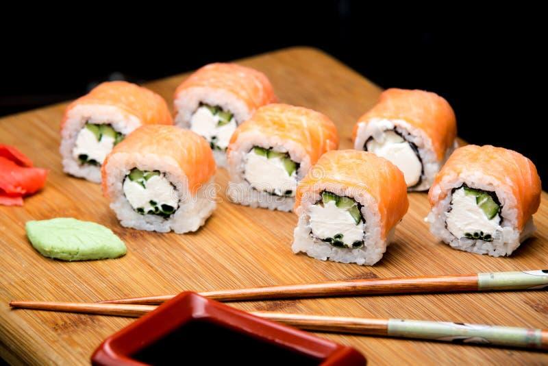Filadelfia rolka z wasabi, imbiru i soj kumberlandem, zdjęcie stock