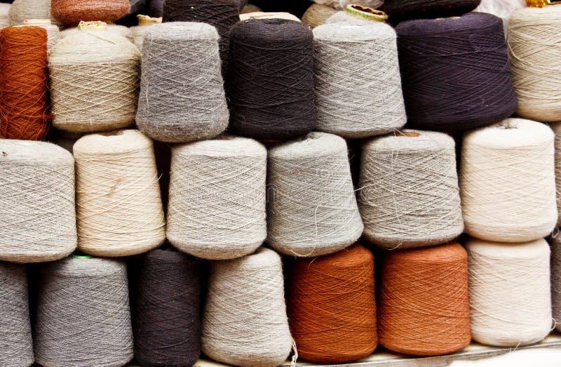 Filato di lana naturale fotografie stock libere da diritti