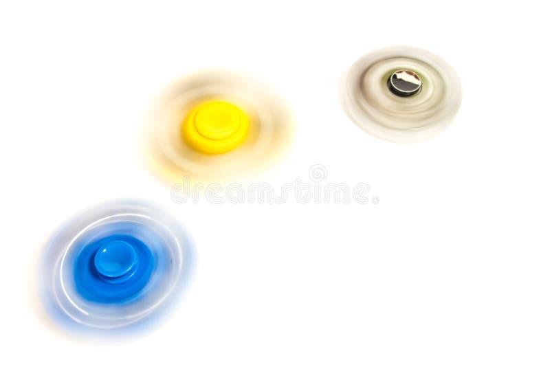 Filatore della mano che fila sul fondo bianco immagini stock libere da diritti