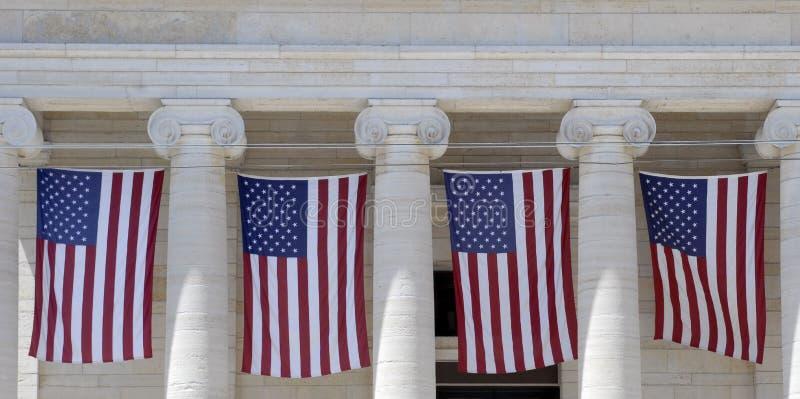 Fileira das bandeiras imagens de stock royalty free