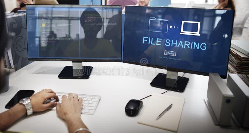 Filesharing- Internet-Technologie-Sozialspeicher-Konzept lizenzfreies stockbild
