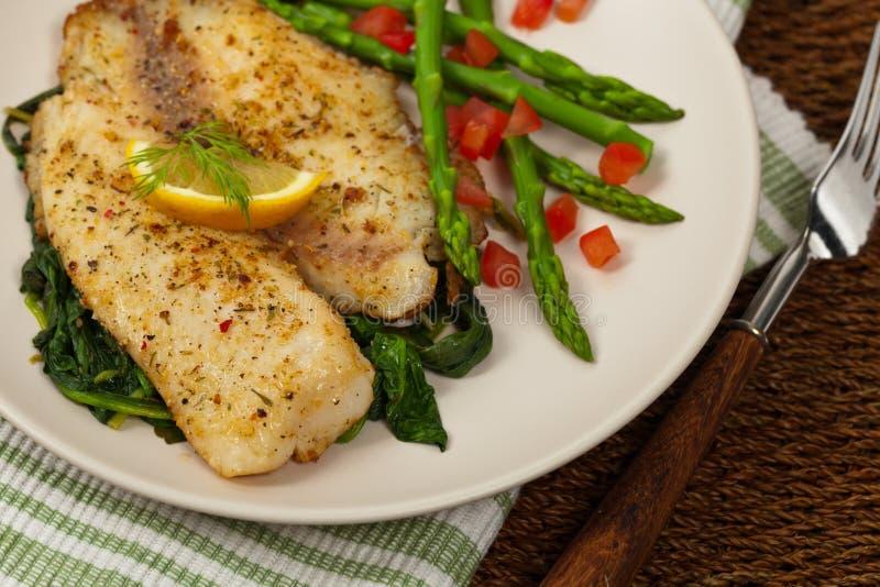 Filet de poissons cuit au four images libres de droits