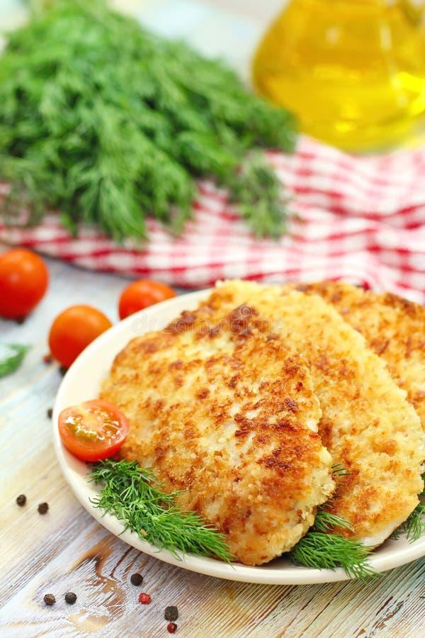 Filet de poulet frit en miette de pain photo libre de droits