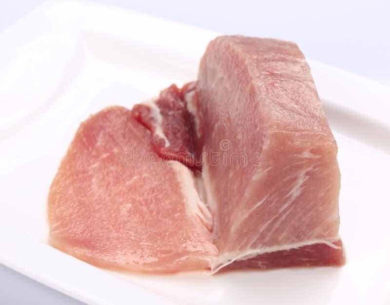 Filet maigre de porc d'un plat blanc photo libre de droits