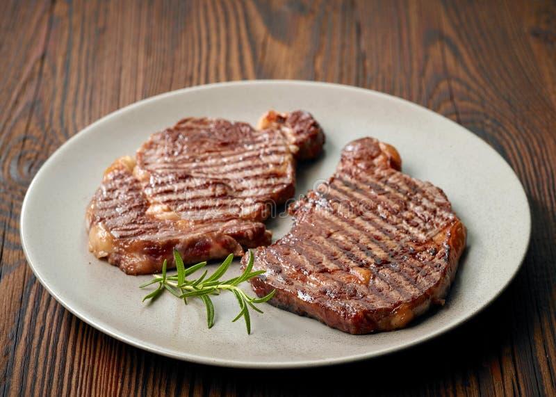 Filete de carne de vaca asado a la parilla fotografía de archivo libre de regalías