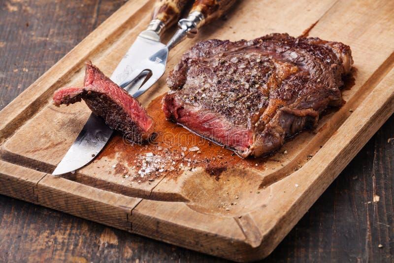 Filete de carne de vaca Ribeye fotos de archivo libres de regalías