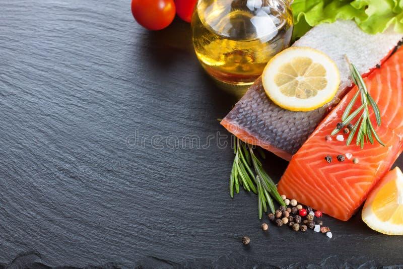 Filete de color salmón sin procesar fotos de archivo libres de regalías