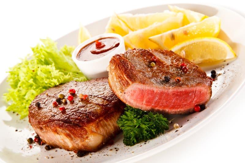 Filete de la carne asada imagen de archivo libre de regalías