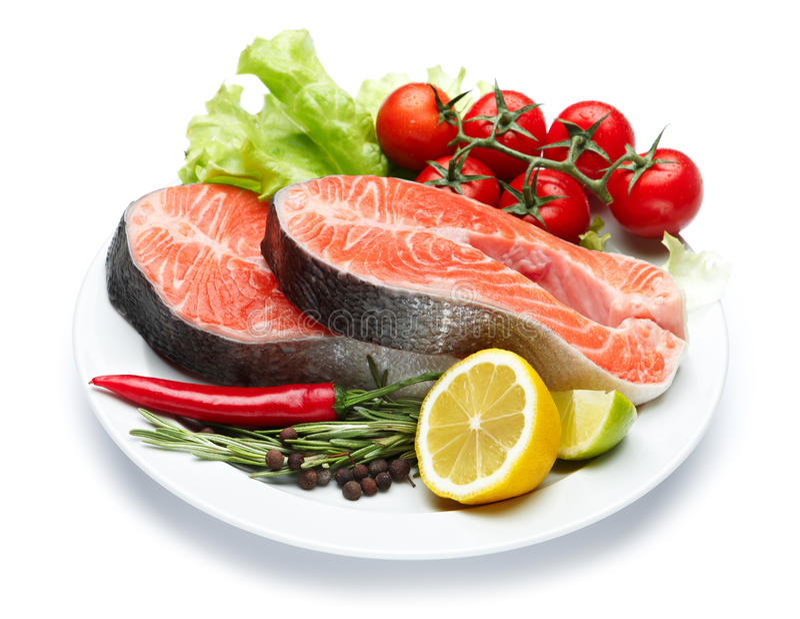 Filete de pescados rojo de color salmón crudo fresco foto de archivo libre de regalías