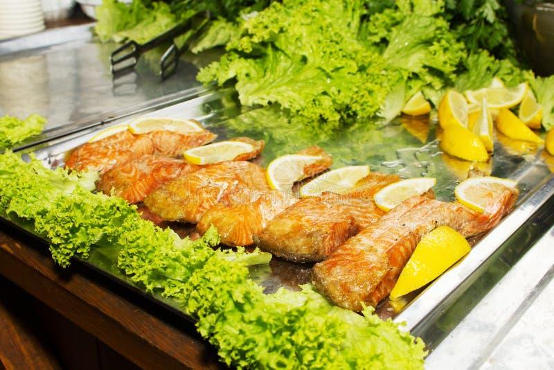 Filetti di pesce cotti fotografie stock libere da diritti