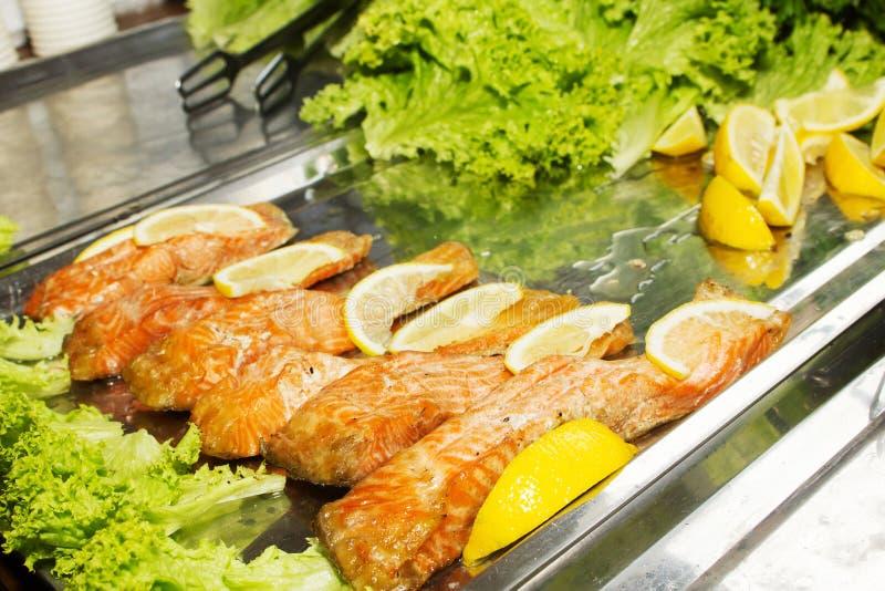 Filetti di pesce cotti immagine stock libera da diritti