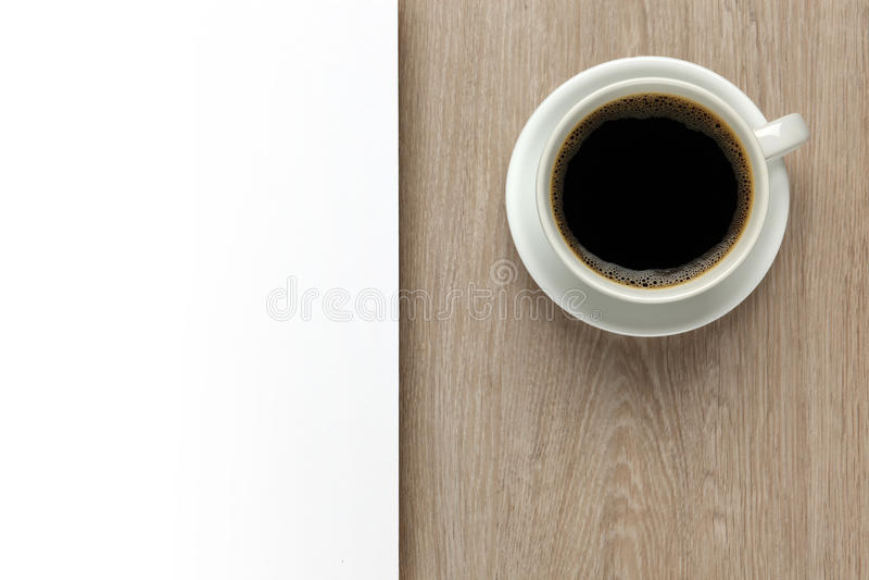 Filiżanka kawy z biel przestrzenią fotografia royalty free