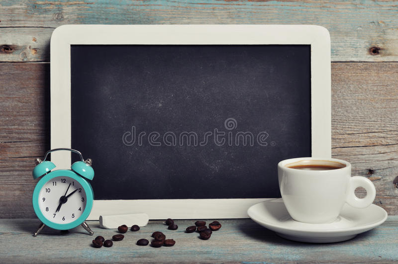 Filiżanka kawy z blackboard obraz stock