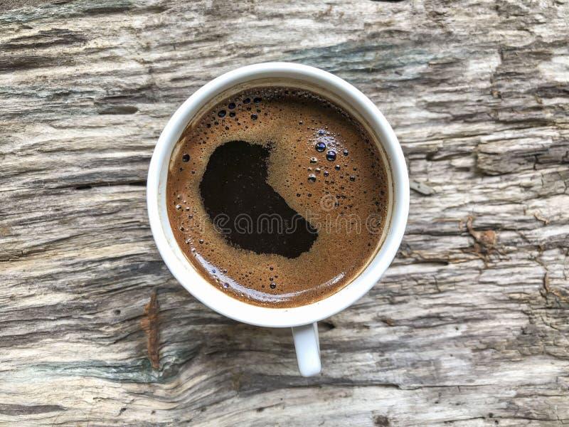 Filiżanka Turecka kawa na drewnianym stole obrazy royalty free