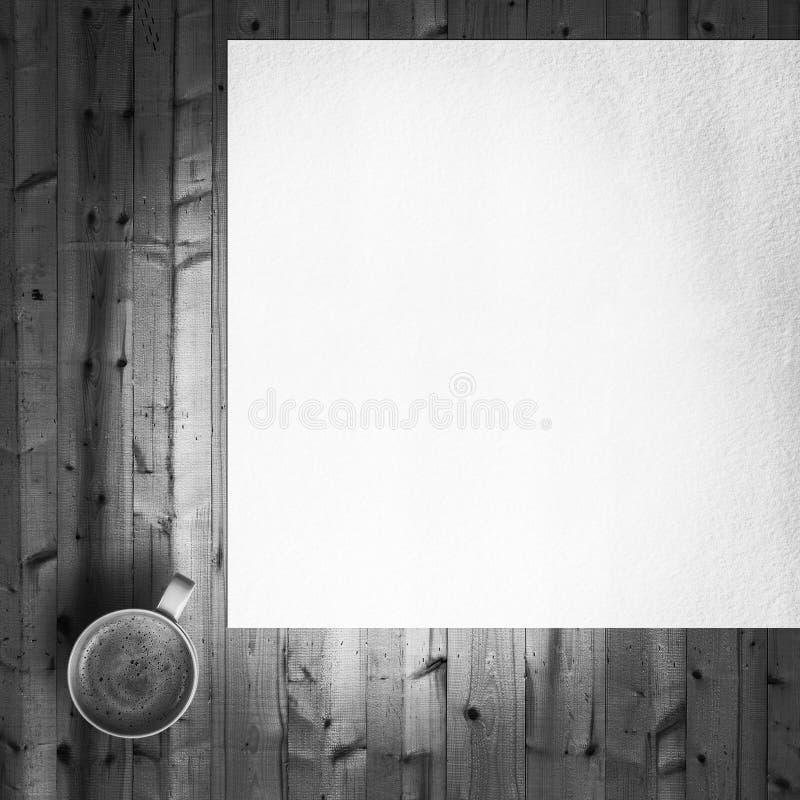 Filiżanka z pustym papierem zdjęcie stock
